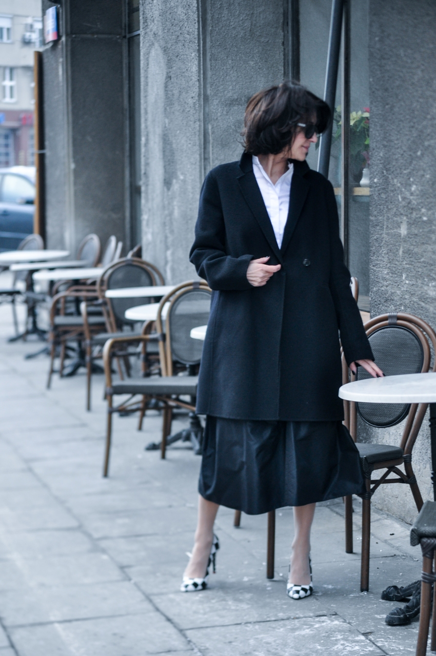 czarny płaszcz-11 copy