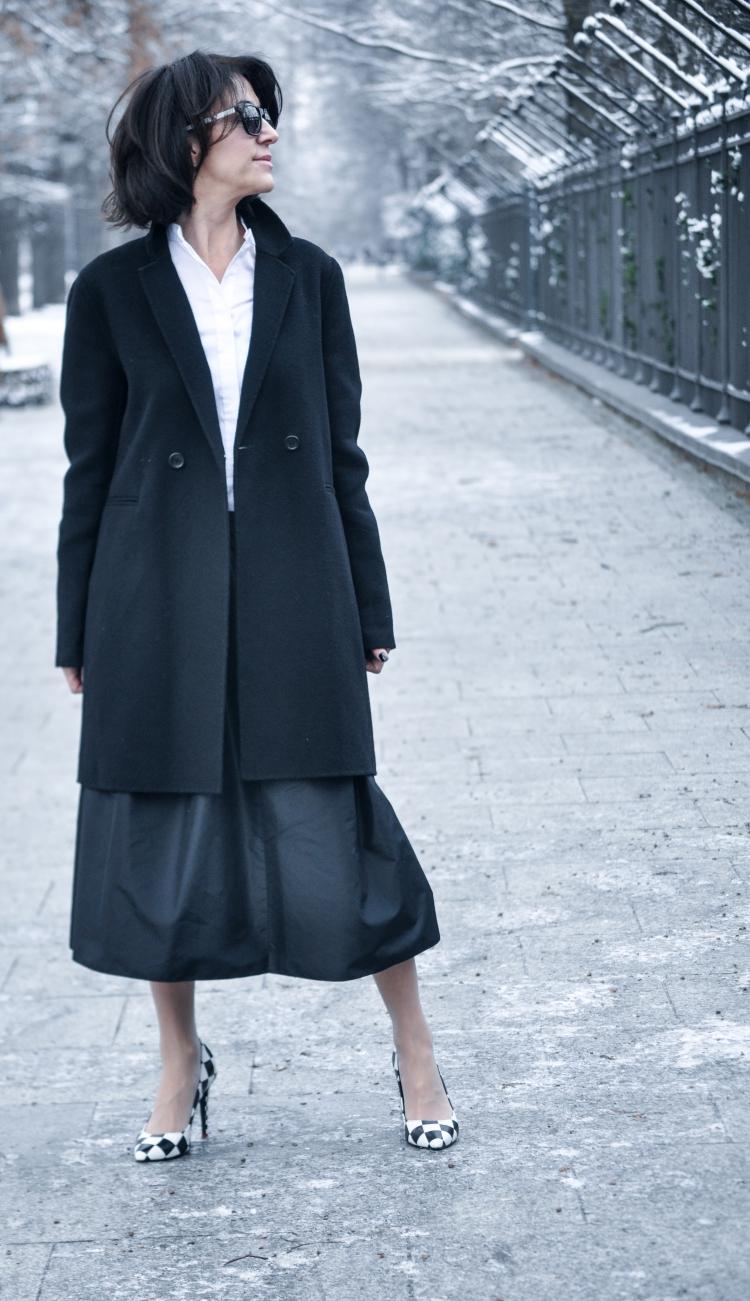 czarny płaszcz-5 copy